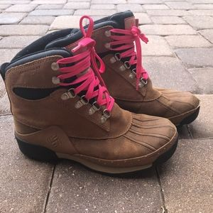 Columbia Boots - Womens 7.5